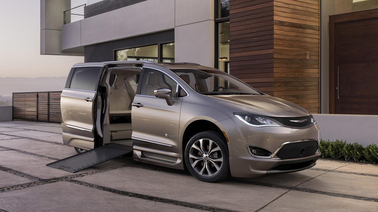 Braunability 2017 Chrysler Pacifica