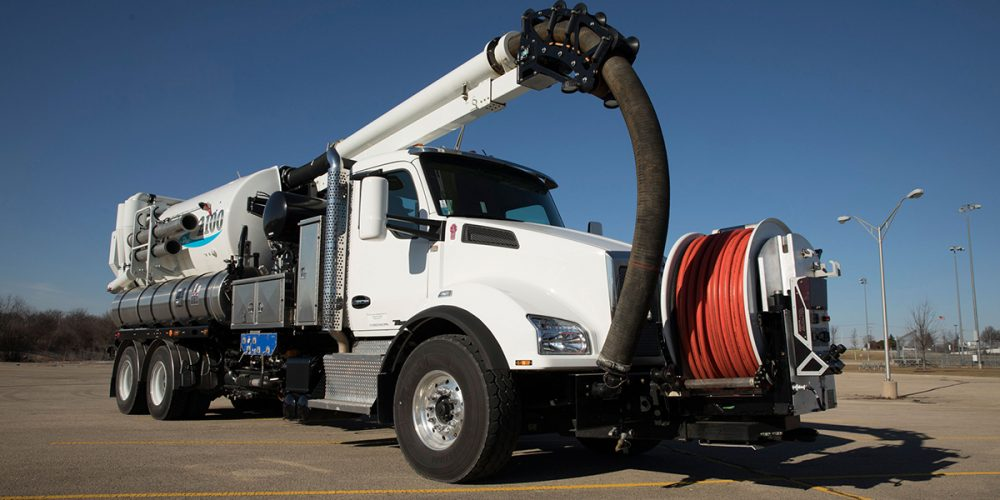 Vactor 2100i Combination Sewer Cleaner industrial automotive design