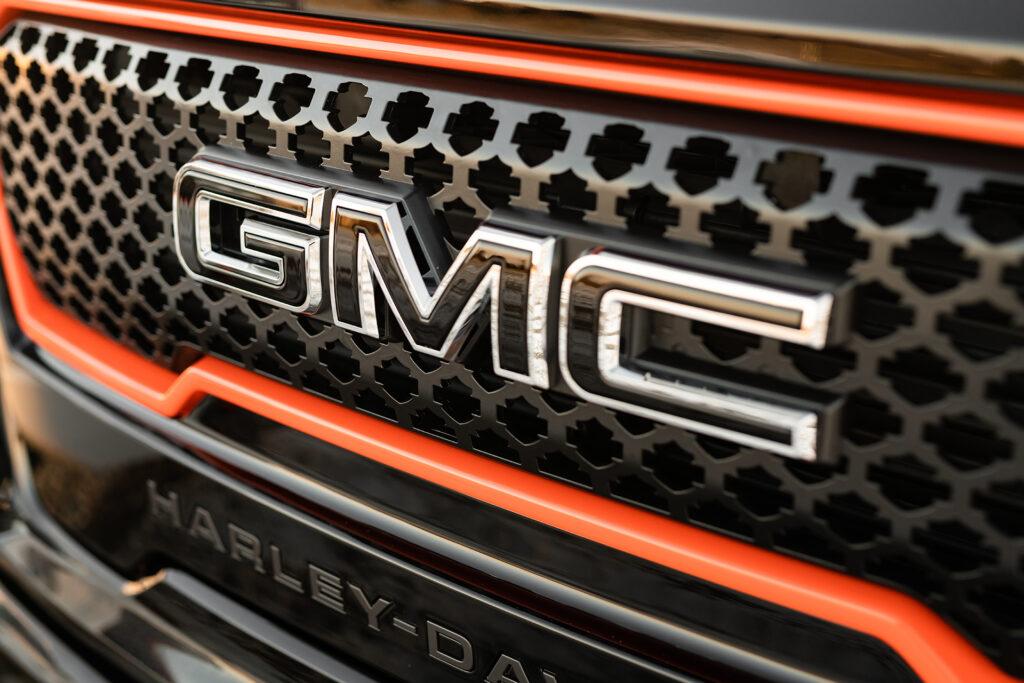 Harley Davidson GMC - Grille Detail